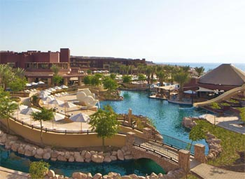 Movenpick Tala Bay территория